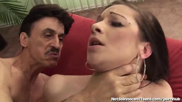 Обещал купить новую шубу если девушка даст потрахать